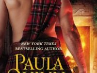 Blog Tour & Spotlight: A Highlander's Christmas Kiss by Paula Quinn